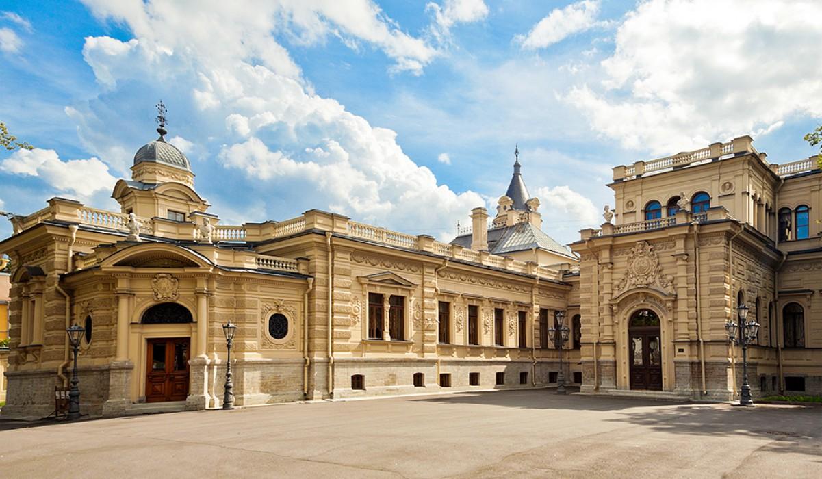 Эклектика дворцов на Мойке