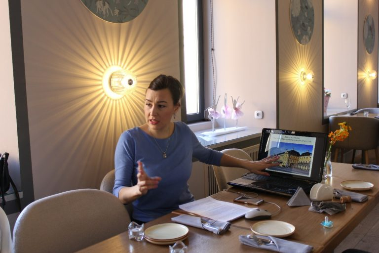 Мамаход online: Прогулка по архитектурным стилям Петербурга