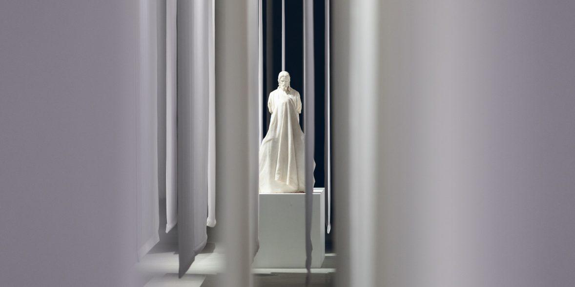 Мамаход в Манеж: (Не)подвижность. Русская классическая скульптура